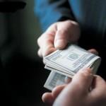 В Україні з хабарями боротимуться за допомогою відкатів