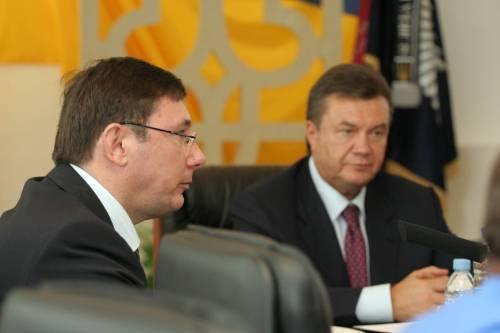 Юрій Луценко, Віктор Янукович