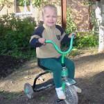 За народження дитини українцям видаватимуть триколісний велосипед
