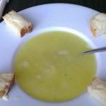 Відвідувачу закладу харчування наплювали в суп за поганий відгук на сервісі Foursquare