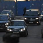 Кортеж Януковича зупинили їжаки