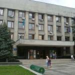 Через новітній термінал самообслуговування в Ужгородській міськраді можна буде передавати чиновникам коньяк