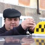 ШОК! В Донецьку знайдено таксиста, який не слухає шансон