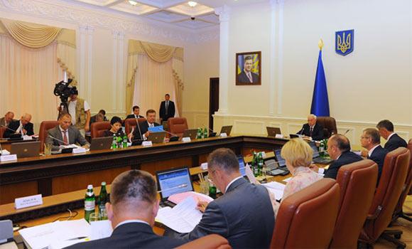 Микола Азаров, Кабінет Міністрів