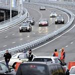Водіїв кортежу Януковича ледь не позбавили прав через рух в колоні з 6 автомобілів