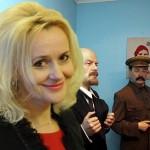 Фотофакт: Ірина Фаріон сфотографувалась на фоні воскових фігур Леніна і Сталіна