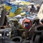 Фотофакт: Після відставки з поста Прем'єр-міністра Азаров приєднався до протестувальників на Грушевського