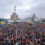 """Щоб завершити протести на Майдані Незалежності, його перейменували на площу """"Маріїнський Парк"""""""