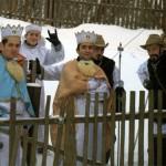 ДАІ приходить додому до активістів Автомайдану під виглядом колядників