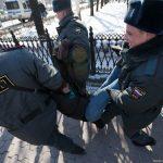 """В Москві закрили магазин, який продавав книгу Кучми """"Україна – не Росія"""""""
