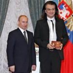 Путін підріс