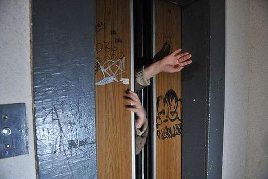 Ліфт застряг