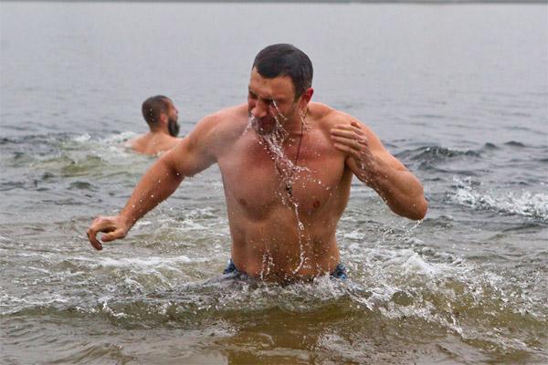 Кличко висмаркався в Дніпро
