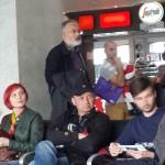 Фотофакт: Людина, схожа на Табачника, зі шкірою, схожою на засмаглу, робить помилку, схожу на переліт до Києва