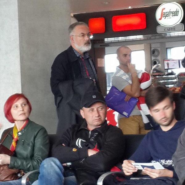 Дмитро Табачник летить в Україну