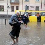 Львівський дощ будуть вивозити в інші регіони України, – Садовий
