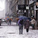 В середу мільйони українців вийшли на вулиці. ЗМІ мовчать