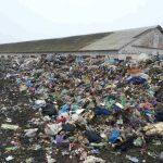 У Житомирі виявили підпільний цех з виробництва львівського сміття