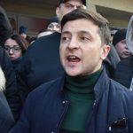 У Києві Зеленського облили перекисом водню (фото)