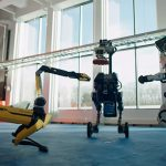 Танцюючі роботи Boston Dynamics обігнали Зеленського у президентському рейтингу