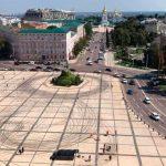 Волонтери відмили Софійську площу до бруківки часів Київської Русі